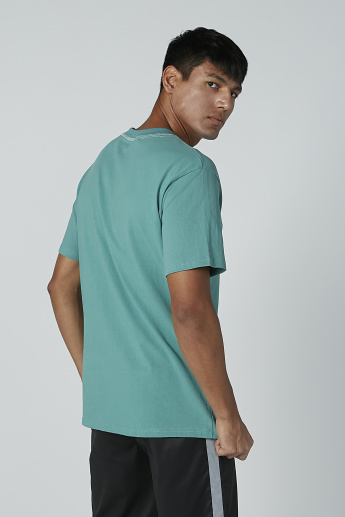 Plain T-shirt with Short Sleeves and Round Neck
