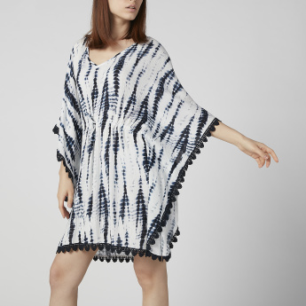 Printed Beach Dress with V-neck and Tassels