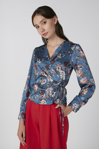 edddda35acf17 Koton Floral Printed Top with V-neck and Long Sleeves | Blue