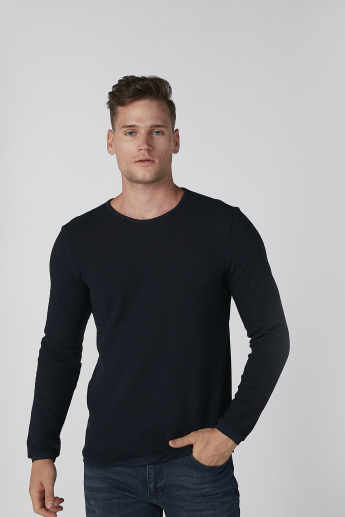 Koton Textured T-shirt with Round Neck and Long Sleeves