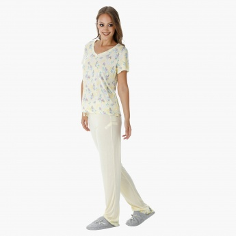 Printed Pyjama Set with Lace Detail