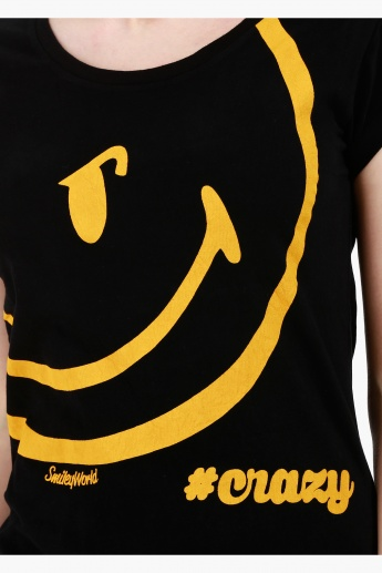 Smiley World Boat Neck Cotton T-Shirt with Graphic Print and Short Sleeves in Regular Fit