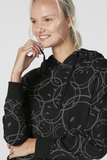 Smiley World Printed Sweatshirt with Hood and Long Sleeves