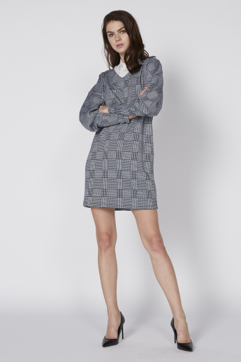 Chequered Midi Dress with Spread Collar and Long Sleeves