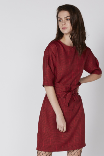 Chequered Midi Dress with Short Sleeves and Tie Up Detail