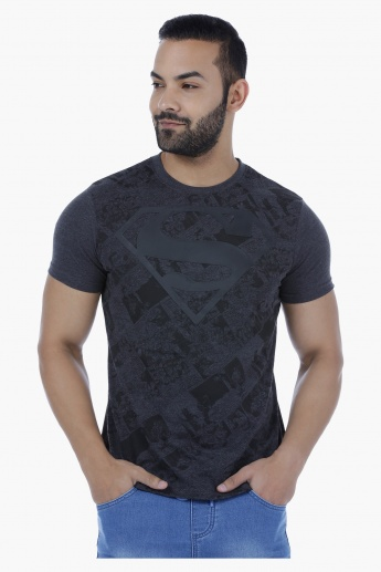 Superman Printed T-Shirt with Short Sleeves.